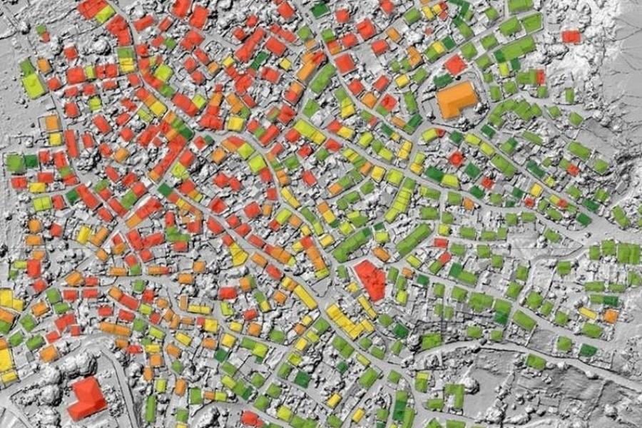 Συστήματα Γεωγραφικών Πληροφοριών (GIS): Δημιουργία τοπικών και διαδικτυακών εφαρμογών σε θέματα διαχείρισης περιβάλλοντος, καταστροφών και κρίσεων